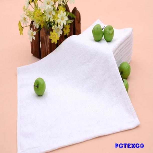 Khăn mặt cotton vuông trắng